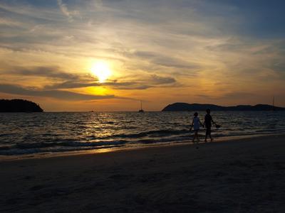 Прогулка на закате... Море, закат, люди