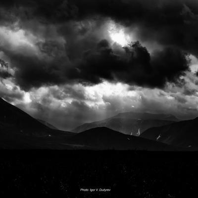 Небо и земля небо облака земля тень свет приполярный урал коми