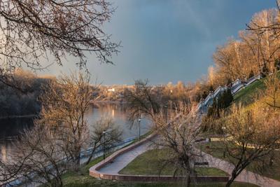Набережная  величественной З. Двины З.Двина река Витебск