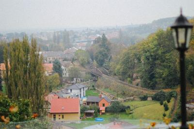Окраина Праги. осень Прага мост путешествие дома Чехия