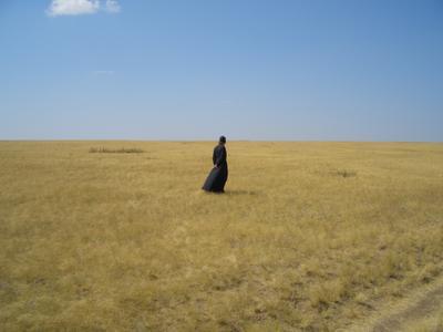 Степь и тишина степь монах священник созерцание простор тишина