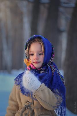 сладкий леденец ребенок девочка русская красивая морозко детское фото