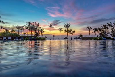 *** гостиница Фукуок Вьетнам Социалистическая Республика море бассейн пляж sea Phukuok Vietnam