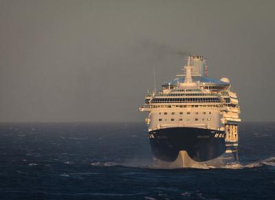 Marella Discovery в Северном море (1)