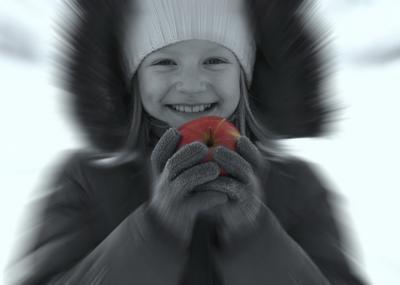 Яблочко яблоко счастье улыбка девочка
