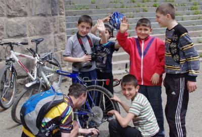 Армянские мальчишки
