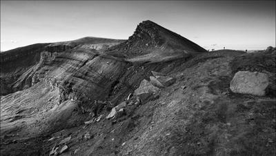По кромке кратера. Камчатка кратер вулкан Горелый