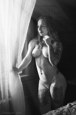 *** девушка ню грудь обнажённая кровать красивая голая