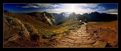 Закат на Мадейре Португалия, Мадейра,  пик Ареиро, ветер, холодно, закат