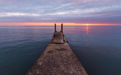 Море на закате Море