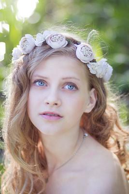 *** девушка весна нежность венок белое платье природа
