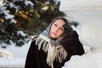 Елена зима прогулка портрет девушка снег город