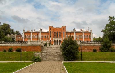 Главный дом усадьба Марфино въездные ворота Мытищинский район
