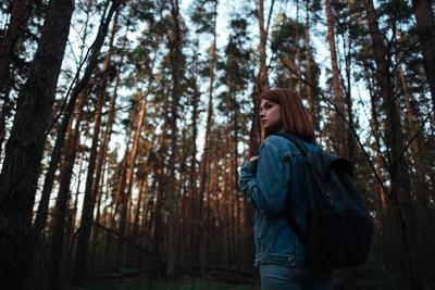 *** девушка камыши весна контровой солнце свет лес