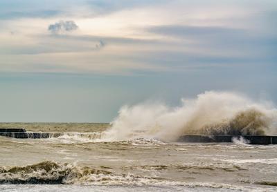 Одесский шторм Одесса шторм Спидчук Алексей волна море Черное