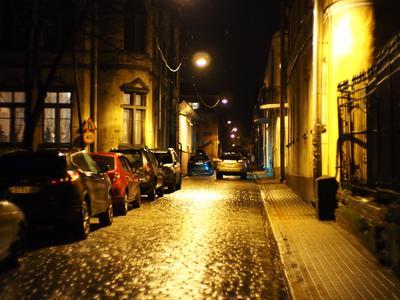 Улицами ночного Выборга