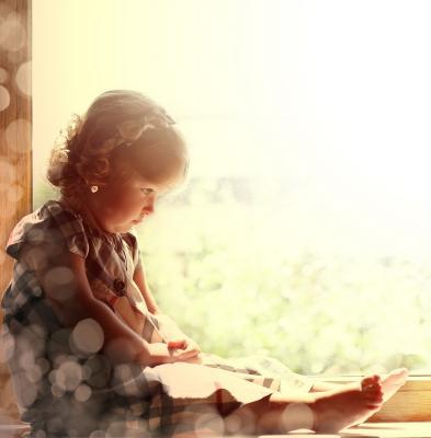 Николь малышка, окно, девочка, ребенок