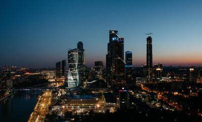 Ночь. Бездонная тьма. Москва ночь город сити