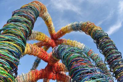 Цветное пространство Никола-Ленивец Угруан