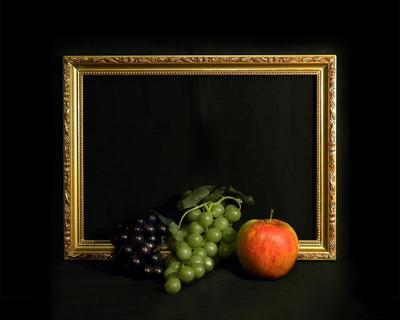 Этюд с рамкой виноград рамка яблоко