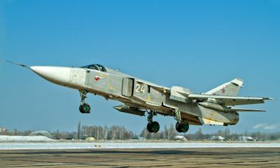оставляя земле лишь тень... Су-24
