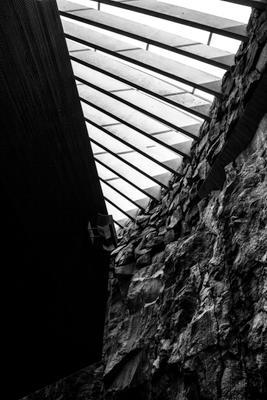 *** церковь в скале черно-белое хельсинки финляндия