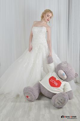 Вот такая любовь... Павел Генов фотограф фотосет студия в Москве свадебный платье мишка тедди