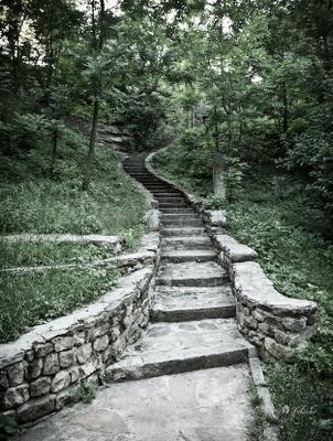 Лестница в скальный храм V-ХVІ ст. н. э. filin-foto.ru