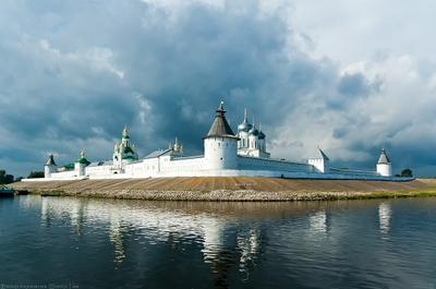 Обитель монастырь, Волга