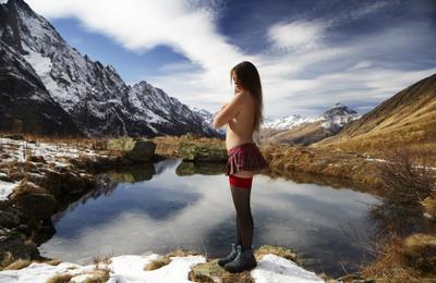 Небольшой отрывок из сновидений альпиниста Домбай магтур чучхур озеро девушка чулки юбочка эротика фетиш