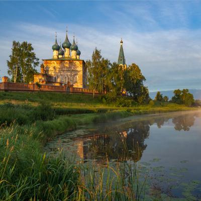 Под утренним солнцем лето утро дунилово река теза церковь