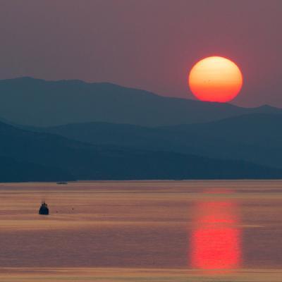 Рассвет в Крыму Крым Алушта горы пейзаж природа закат рассвет Украина Россия солнце море