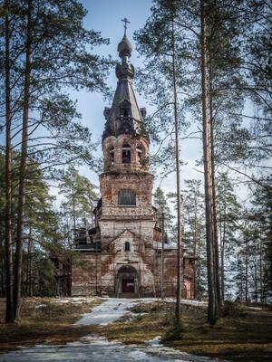Церковь во имя Покрова Пресвятой Богородицы в д. Хотнежа
