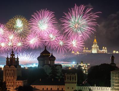 Фестиваль фейерверков москва салют фейерверк