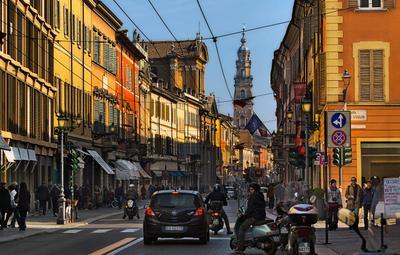 На улицах Пармы Италия