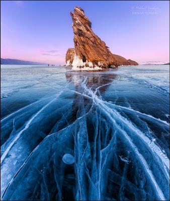 Ледяное царство Байкала Россия Байкал закат отражение лёд