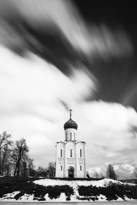 ЛЕТЕЛИ ОБЛАКА 2... Церковь Покрова на Нерли