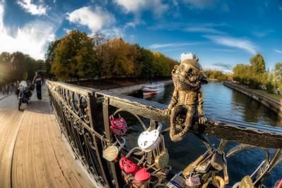 *** мост скульптура