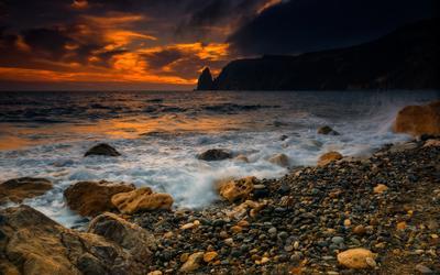 В лучах прибоя Севастополь Фиолент море закат прибой вечер