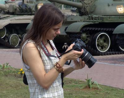Девушка и танк