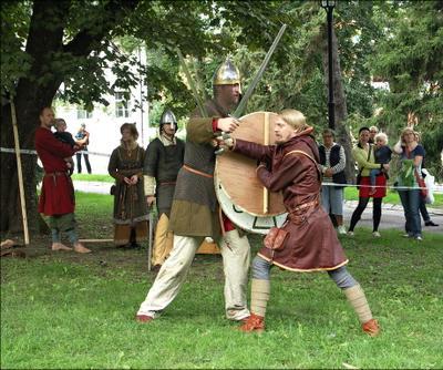 о том, что размер - не всегда главное викинги holmgång