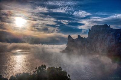 Туман у мыса Капчик Крым ноябрь Новый Свет Капчик мыс туман полуостров