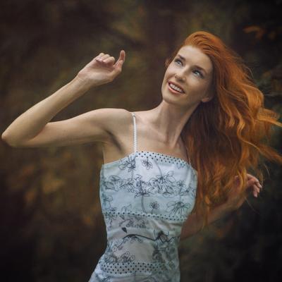 Краски осени Рыжая рыжие волосы прическа осень цвет улыбка