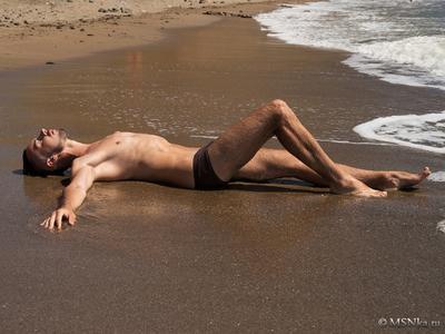*** парень тело свет сексуальность настроение горы чувство лето море солнце загар