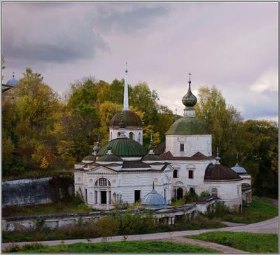 """""""Уж небо осенью дышало..."""" Старица Церковь Параскевы Пятницы 1750 г октябрь"""