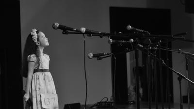 Противостояние микрофоны девочка