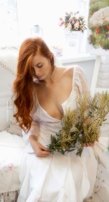 Мимоза девушка мимоза портрет рыжая прованс