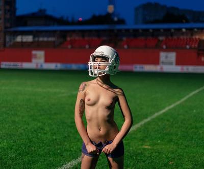 ам. футбол американский футбол поле стадион ню шлем