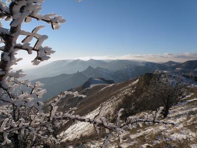 Голубоглазый день крымские горы зимой
