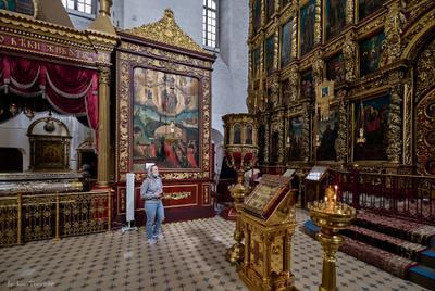 В Троицком соборе (Псков)